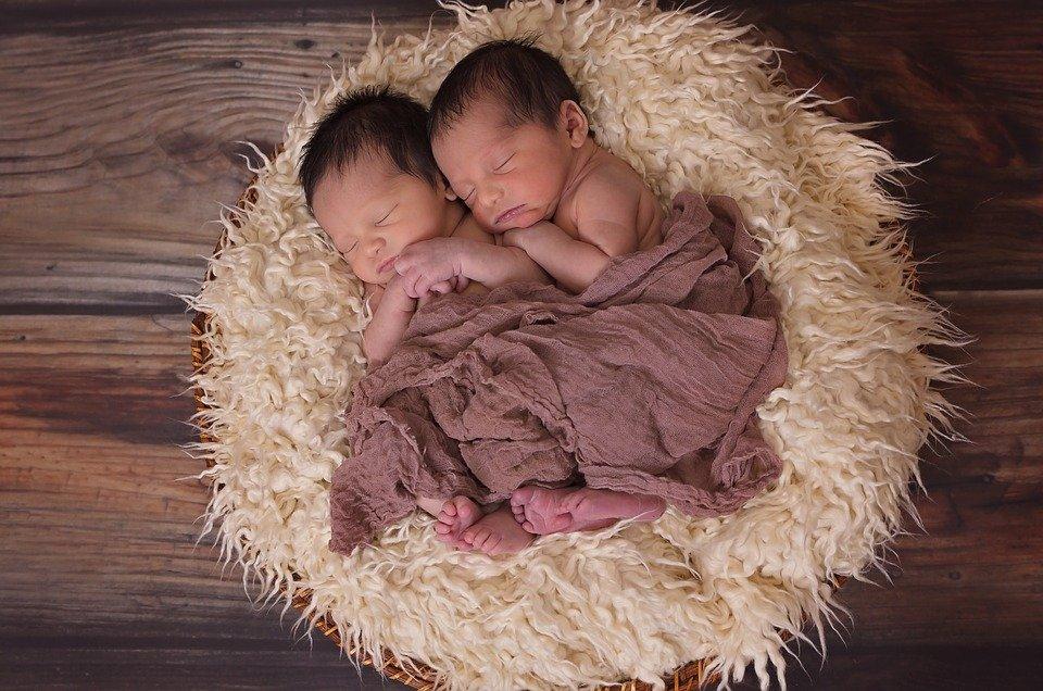 Les bonnes raisons d'engager un photographe de naissance professionnel